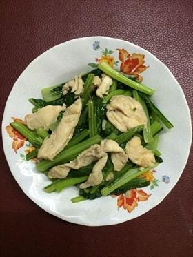 ผัดผักกวางตุ้งใส่ไก่